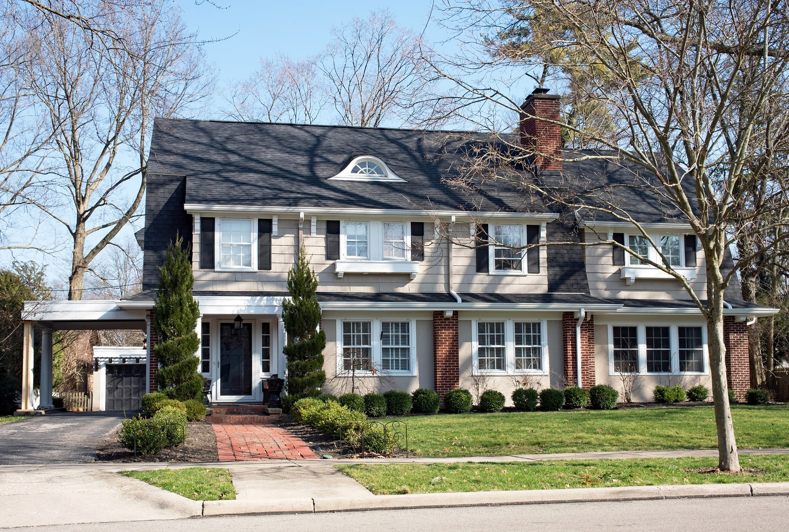 5 Tips to Ensure Your Homes Roofing System Is Spring Ready-min